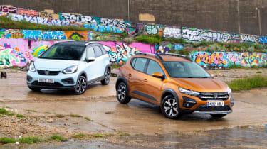 Honda Jazz Crosstar vs Dacia Sandero Stepway