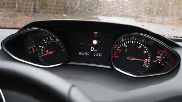 peugeot 308 dashboard instruments
