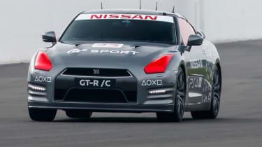 Remote control Nissan GTR/C - front