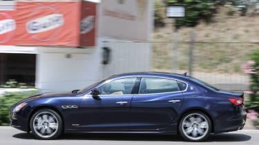Maserati Quattroporte Diesel 2016 - side tracking