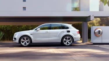 Bentley Bentayga PHEV - side