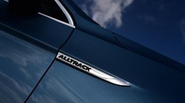 Volkswagen Passat Alltrack - side badge