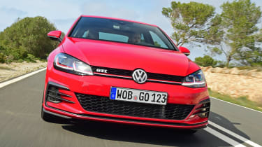 Volkswagen Golf GTI 2017 facelift red - front tracking 3