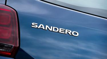Dacia Sandero facelift - Sandero badge