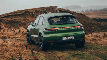 Porsche Macan - rear off-road