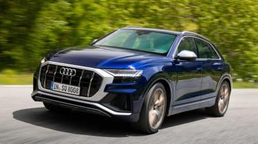 Audi SQ8 - front action