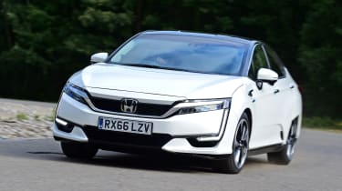 Honda Clarity - front action