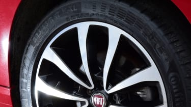 Triple test - Tipo - wheel