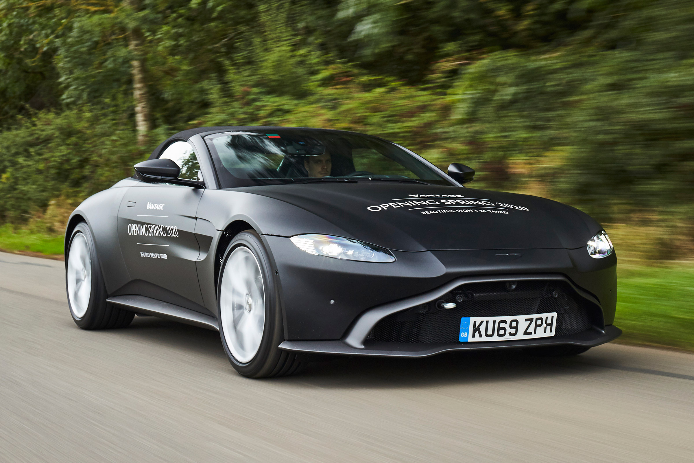 New Aston Martin Vantage Roadster Set For 2020 Arrival Auto Express
