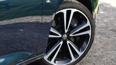 Vauxhall Insignia Grand Sport - wheel detail