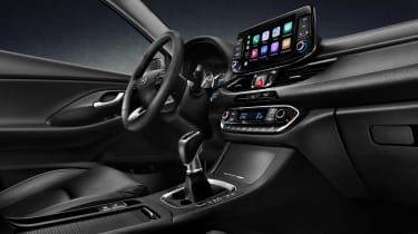 Hyundai i30 Fastback  dash