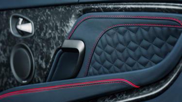 Aston Martin DBS Superleggera - door