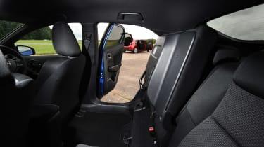 Honda Civic Sport vs Mazda 3 - seats