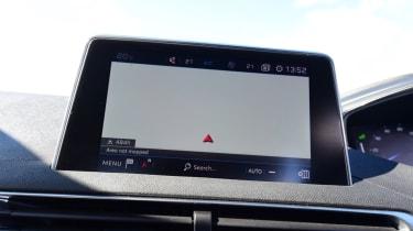 Peugeot 5008 - infotainment maps