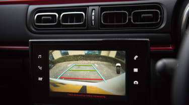 L-test revolution - parking camera