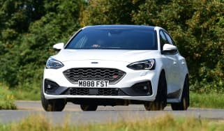 Ford Focus ST Mountune m365 - front
