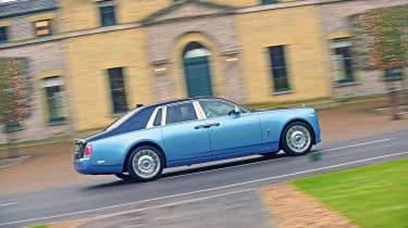 Building a Rolls-Royce Phantom - side