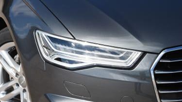 Audi A6 Avant - headlight