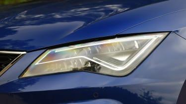 SEAT Leon - headlight