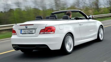 BMW 118d Convertible rear tracking