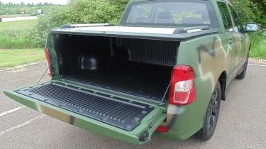 SsangYong Korando Sports DMZ - trunk lid open