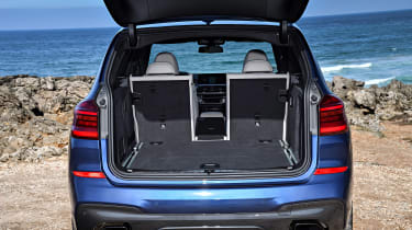 BMW X3 M40i - boot one seat down