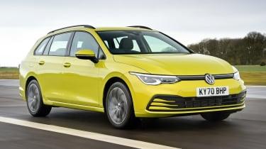 Volkswagen Golf Estate - front action