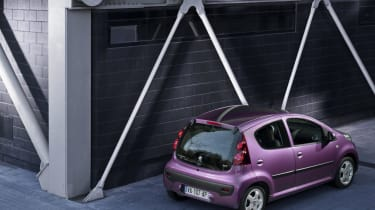 Peugeot 107 - rear shot
