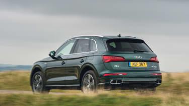 Audi Q5 55 TFSI e - rear action