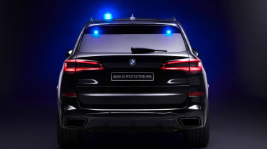 BMW X5 Protection VR6 - full rear dark
