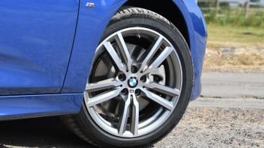 BMW 225xe Active Tourer - wheel