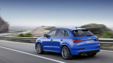 Audi RS Q3 Performance rear tracking