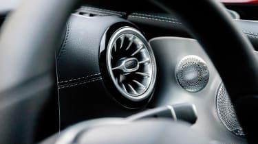 Mercedes E 350 d - vent