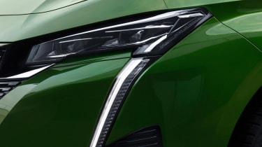 Peugeot 308 - front lights