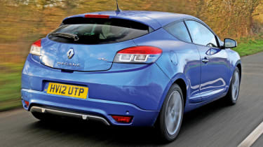 Renault Megane Coupe rear tracking