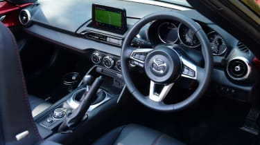 Mazda MX-5 long termer - first report dash