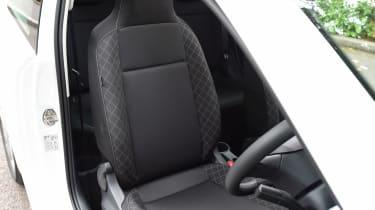 Skoda Citigo - front seat