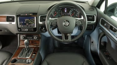 Used Volkswagen Touareg - dash