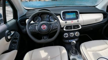 Fiat 500X Dolcevita - dash