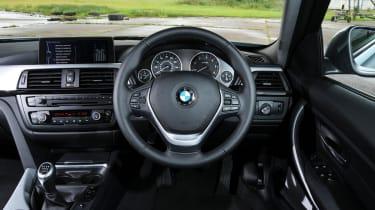 BMW 3 Series panning