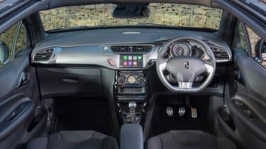 DS 3 Cabrio 2016 review - interior