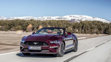Ford Mustang EcoBoost Convertible - front tracking
