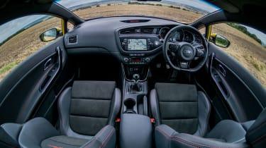 Kia Pro_cee'd GT 2015 - cabin