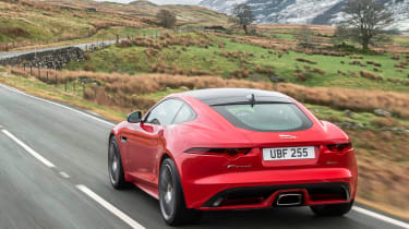Jaguar F-Type 2.0 T rear tracking