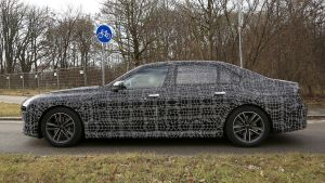 BMW 7 Series - spyshot 10