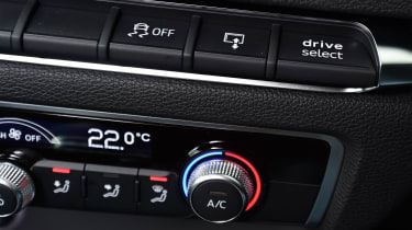 Audi A3 e-tron - drive select switch