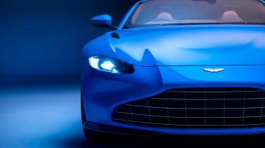 Aston Martin Vantage Roadster - front detail
