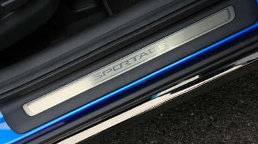 Kia Sportage 48V hybrid - sill