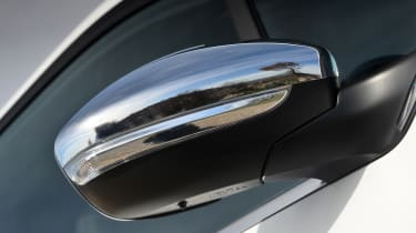 Peugeot 208 GTi wing mirror