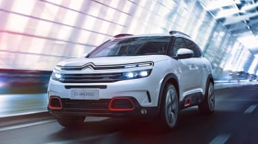 Citroen C5 Aircross - front tracking